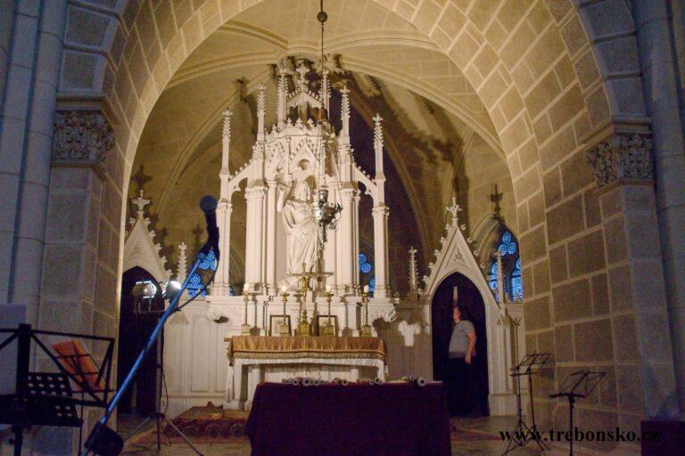 Schwarzenberská hrobka - kaple